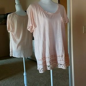 Tops - XL Peach with lace detailed blouse